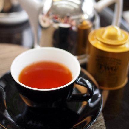 レッドオブアフリカンティー ルイボスティーにスパイスとマリーゴールドの花も加えたお茶