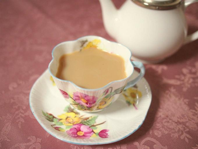 キャンディはさっぱりしているけどミルクティーにしても美味しい紅茶です。