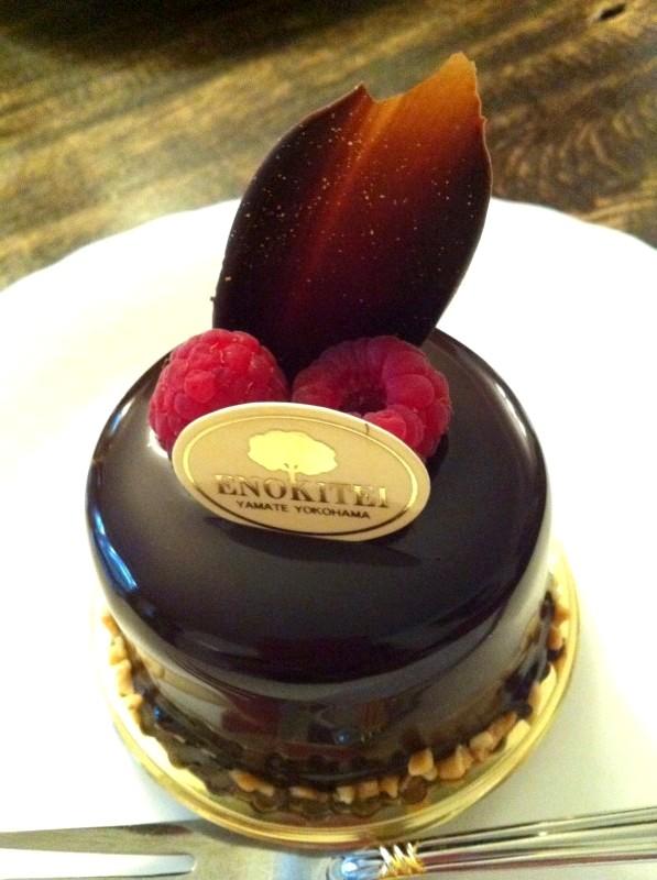こちらはお友達が頼んだフランボワーズショコラ。チョコレートがとっても綺麗!