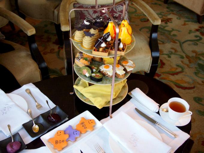 シャングリラ ホテル東京「ザ・ロビーラウンジ」のハロウィンアフタヌーンティー