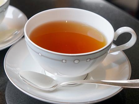 紅茶がいつもアツアツ