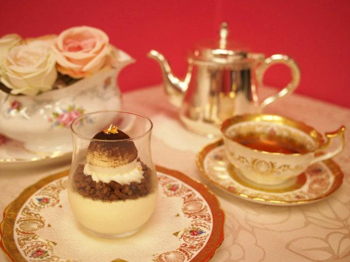 和光のティラミスと紅茶