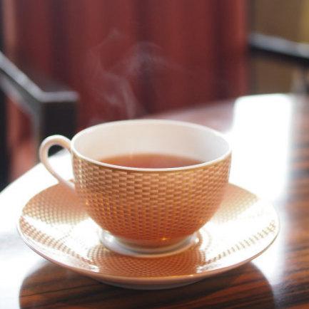 アッサム。紅茶はどれもアツアツで美味しかったです。