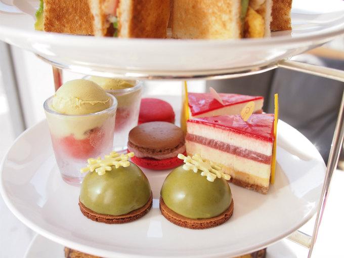 pierreherme afternoontea dessert