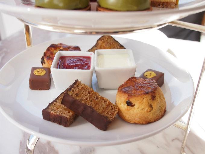 pierreherme afternoontea sweets