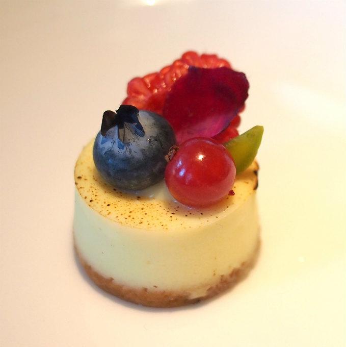 バニラとオリーブオイルのチーズケーキ
