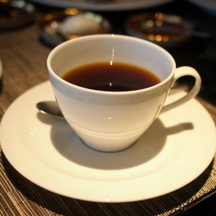 スパイスラボはコーヒーがとっても美味しいとお友達に薦められたのでコーヒーもいただきました。こちらはトガリフンカイ エステートフルーティーで飲みやすいコーヒーでした。