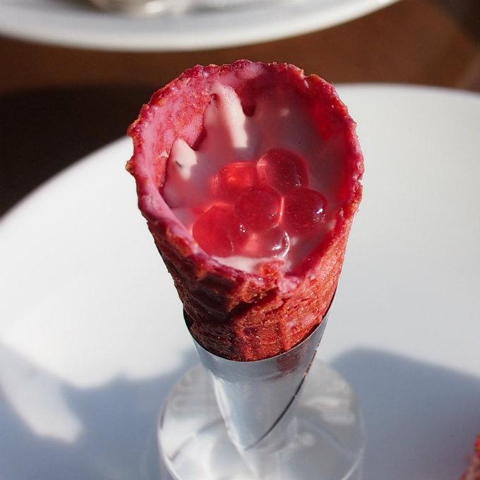 いちごとクリームチーズのコーンピンクのプチプチは「イクラです。」と紹介されて面白かった♥