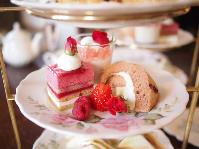 enokitei rose afternoontea sweets