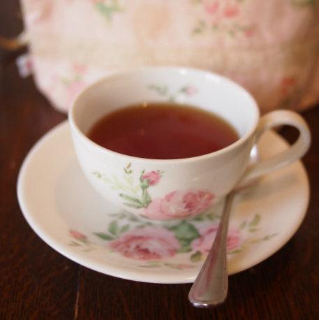 こちらはローズティー。バラが上品に香る紅茶でした。