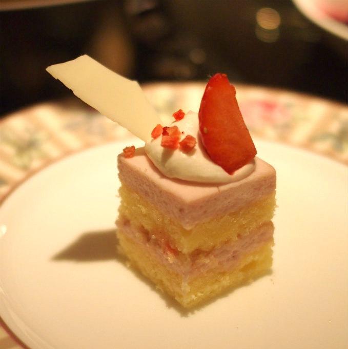 あまおうムースこれスイーツの中で一番美味しかったです(*^▽^*)