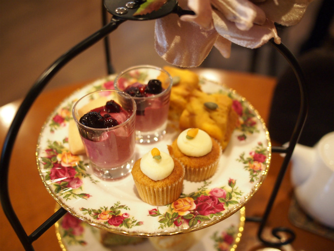 berrys peter afternoontea sweets