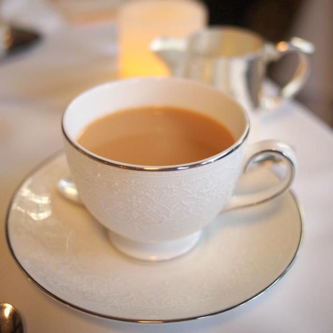 2杯目はアッサムオータムナルCTC(シロニバリ茶園)。ミルクティーにしていただきました。