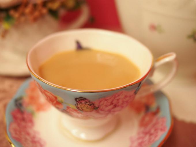 アッサムはミルクティーがよく合う甘い香りのする紅茶です。