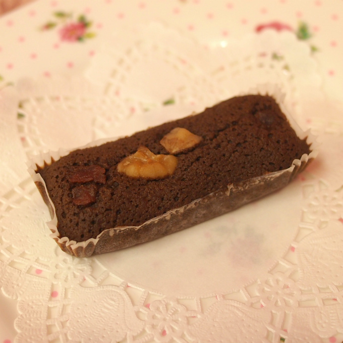 こちらはチョコレート。ちょっぴり甘さ控えめなお味。