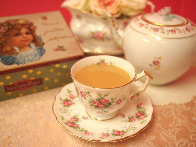 ディンブラはストレートでも楽しめるし、ミルクティーにしても美味しい紅茶。