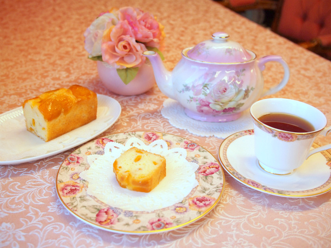歐林洞のアプリコットパウンドケーキと紅茶