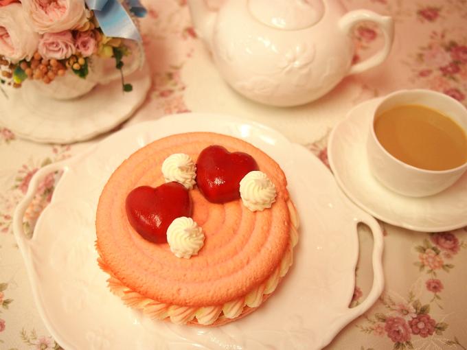 Like Sweets BOXのマカロンケーキと紅茶