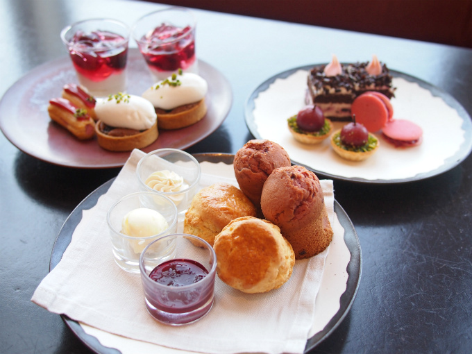 andaz2020cherry afternoontea02