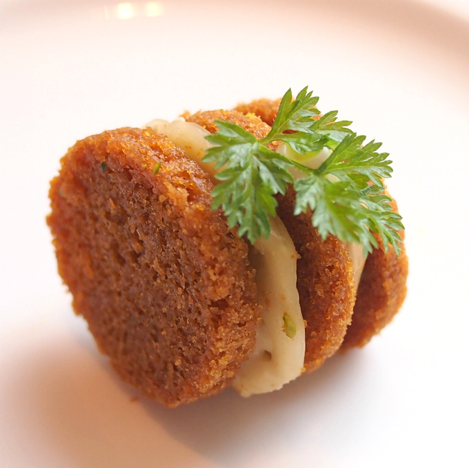 フォアグラムース ピスタチオ ブリーチーズ パンドエピスこれ甘みもあってとっても美味しかったです!