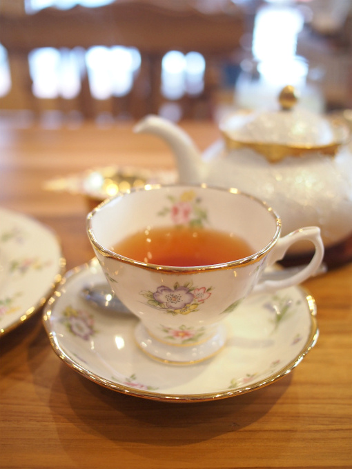 こちらは「アッサム」アムグーリー渋みが少なくマイルドなアッサム。ストレートでもミルクティーにしても美味しい紅茶です。
