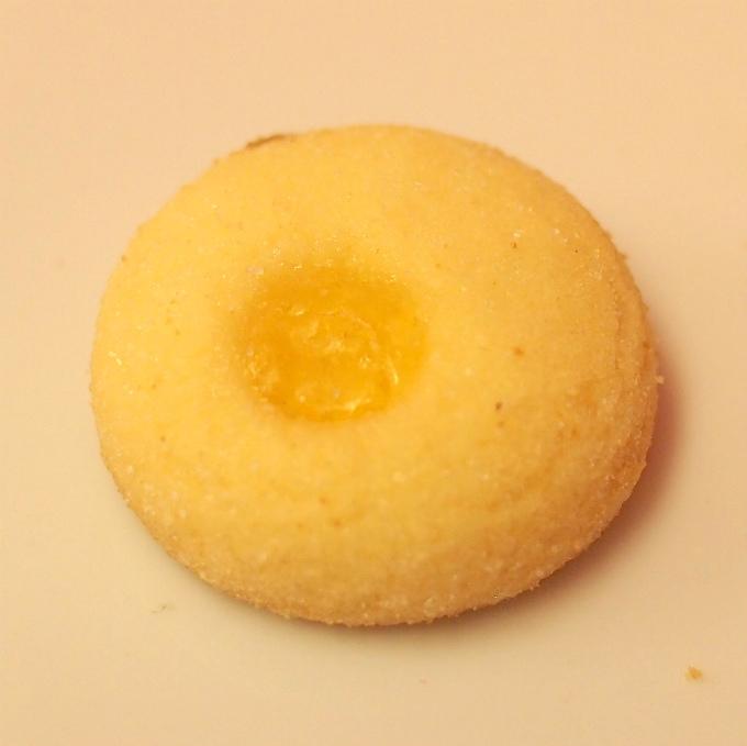 アプリコット 杏子のジャムがポイントでアプリコットブランデーも使ったクッキー