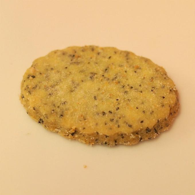 アールグレイ アールグレイの紅茶の茶葉入りのクッキー
