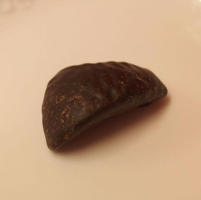 2つ目はフリュイ・コンフィ中の砂糖漬けはグレープフルーツでした!