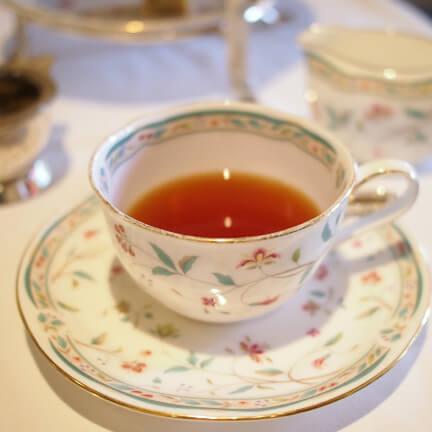 ライトアンドレイト セイロン セイロンブレンドでもデカフェだから軽い感じの紅茶です。