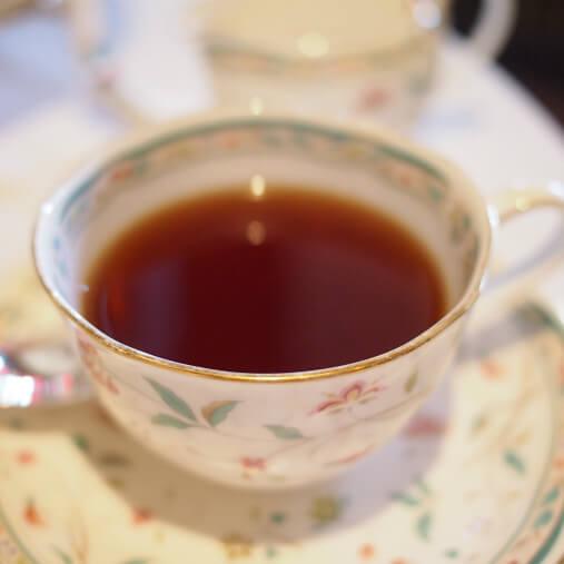 イングリッシュブレックファーストミルクティーにぴったりの紅茶。この濃さが嬉しい!