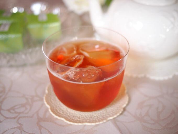 ダージリンセカンドフラッシュはアイスティーにしても香り高く、美味しい紅茶です。