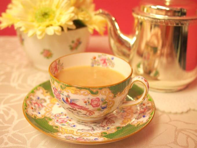 ニルギリはスッキリしているけどミルクティーにしても美味しい紅茶です。
