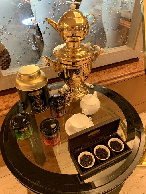 ロイヤルパークホテル「フォンテーヌ」の紅茶はプリミアスティーです。