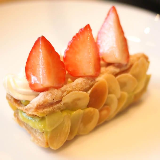 ミルフィーユ ピスターシュピスタチオの香りが感じられる滑らかなクリームが美味しい!