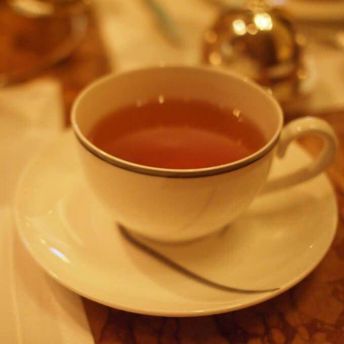 オーガニック 1896こちらはアートオブティーの紅茶。