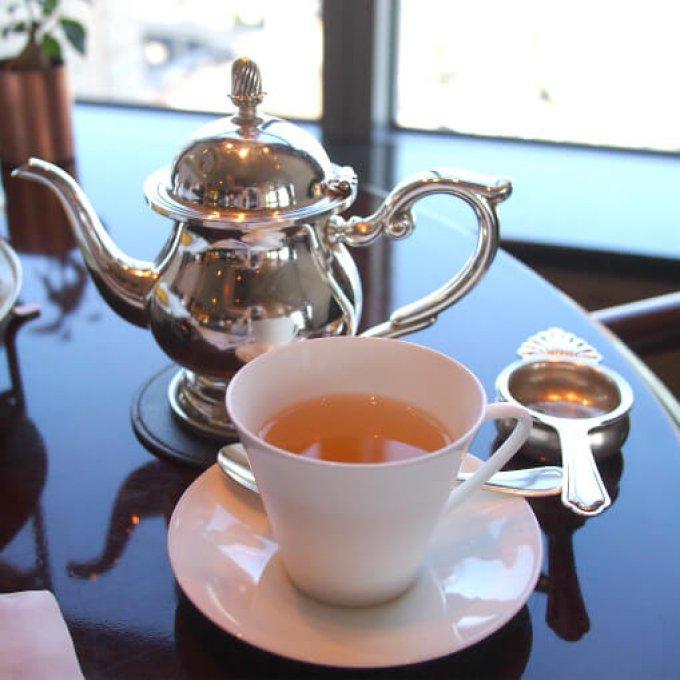 烏龍茶(鉄観音)ーこれとっても美味しくて、この日一番のお気に入りでした。セイボリーによく合いました!!!