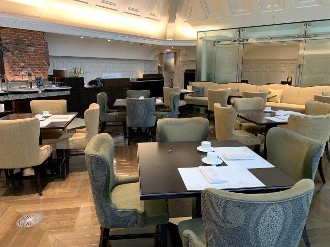 広い空間なのにアフタヌーンティーは1日20食限定ということで、空席もたくさんあり、コロナ時代では安心できる空間だわ!と思いました。