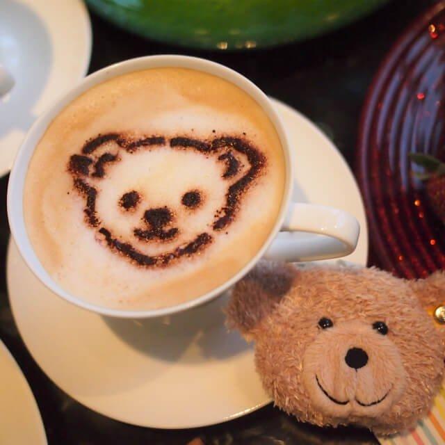 カフェラッテシュタイフプランだけに付くカフェラテ。いただけるのは1杯だけです。