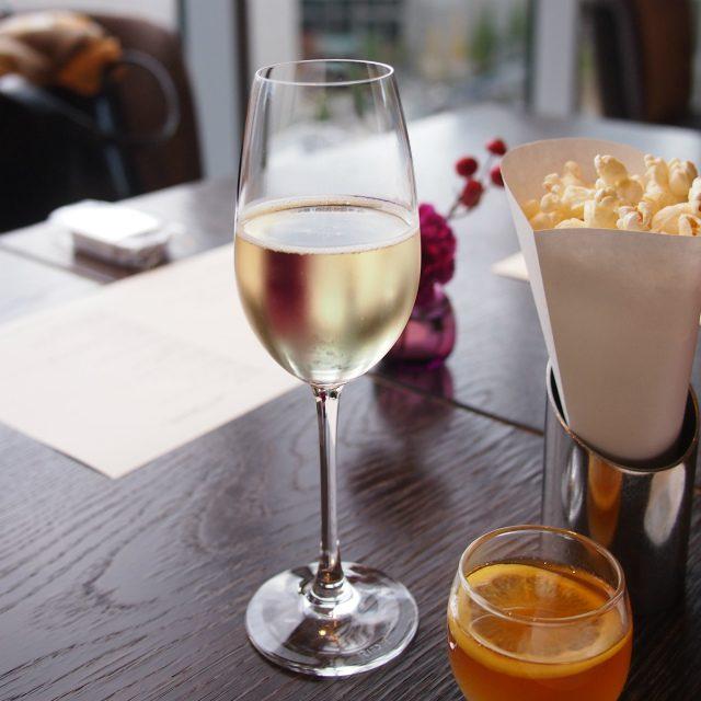 OZmall予約特典のスパークリングワインこちらはノンアルコールのもの
