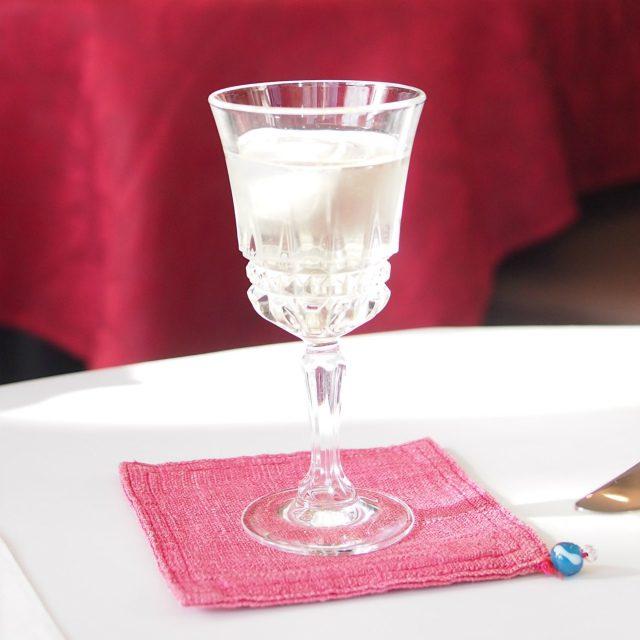 こちらは自家製梅酒のソーダ割り