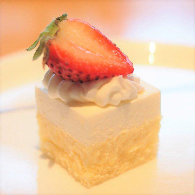 チーズケーキショートケーキに見えるけどチーズケーキでした(笑)