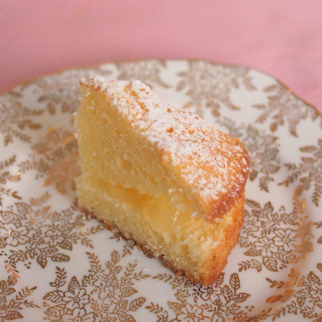 ビクトリアンサンドイッチケーキこちらはリンゴのジャムでした。