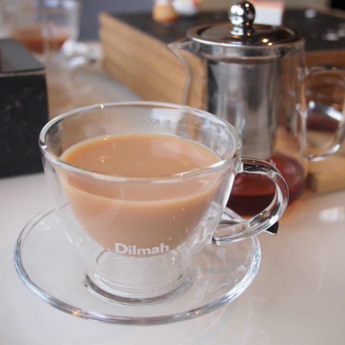 ブリリアント・ブレックファーストはストレートでもミルクティーでも、どちらでも美味しい優秀な紅茶!