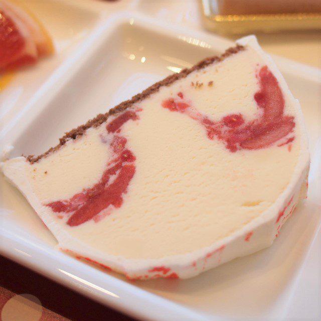 自家製マーブルアイスケーキ