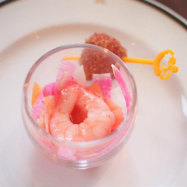 小海老と根菜のサラダ仕立て 苺風味のドレッシング