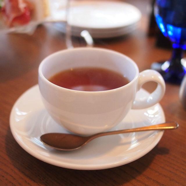 ストロベリー&バニラ甘い香りのお茶はお砂糖を入れたほうが美味しい
