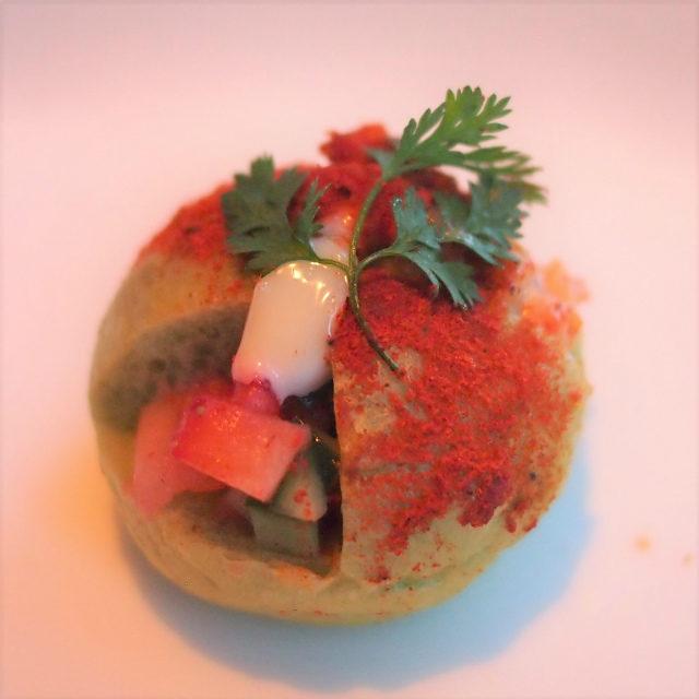 ケイジャンチキン 苺とキュウリ 法蓮草
