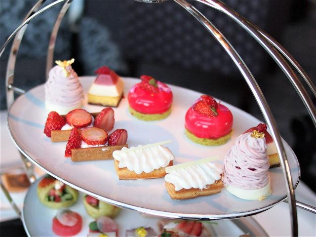 ritz2021ichigo afternoontea sweets01