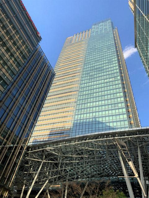 ザ・リッツカールトン東京が入っている「ミッドタウン・タワー」の外観。 ザ・リッツカールトン東京は1.2階、45階から53階に位置しています。