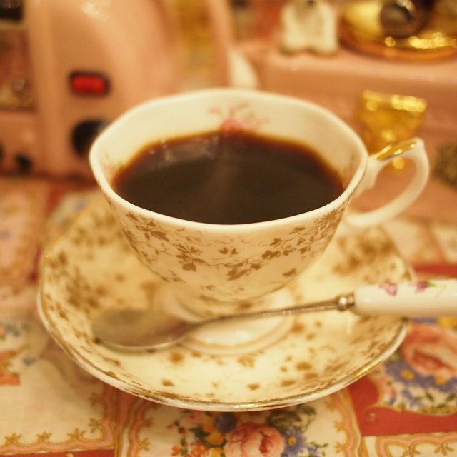 ブレンドコーヒー最後にコーヒーをオーダーしたらカップも取り替えてくれて嬉しさ倍増!